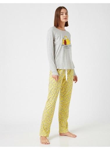 Koton Pamuklu Disney Lisansli Pijama Takimi Sarı